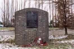 367 Veldwezelt Monument BBeckers.jpg
