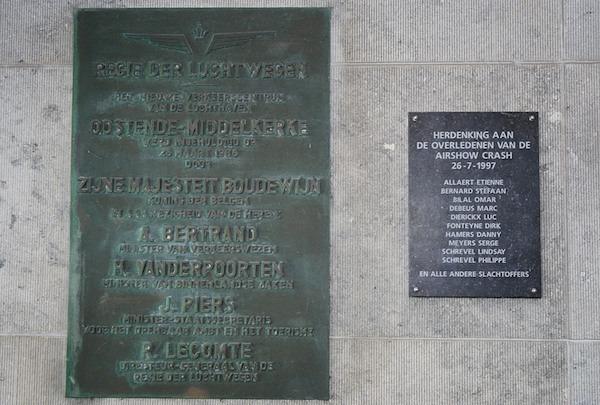 407 Oostende Gedenkplaten PVC.jpg|407 Oostende Gedenkplaten2 PVC.jpg