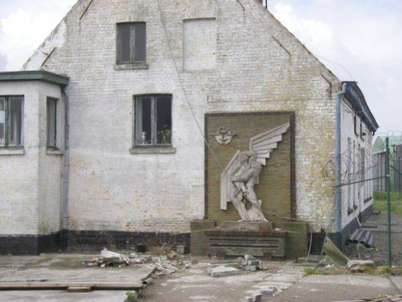 412OostendePVC.jpg|412 Oostende Monument HVerstraeten.jpg|_DSC1515.jpg