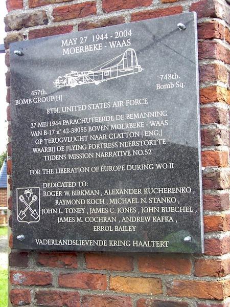 470 Moerbeke gedenkplaat AdeWilde.jpg 470Moerbeke.jpg