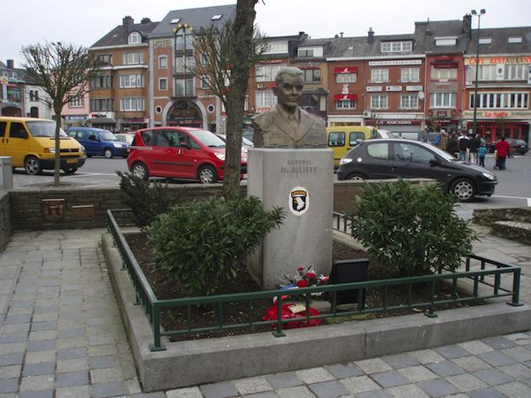 880_Bastogne_SVolckaerts.jpg 880_Bastogne2_SVolckaerts.jpg