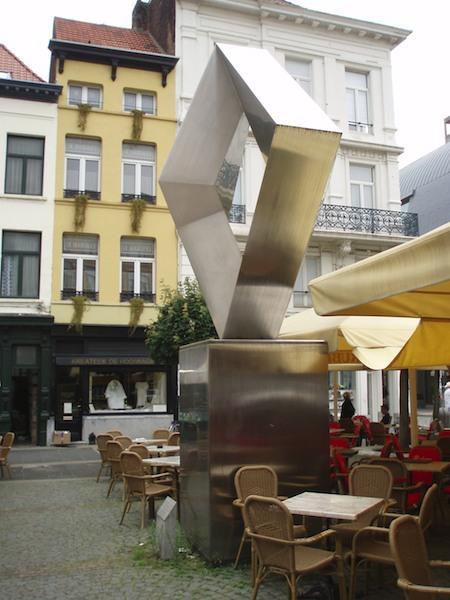 924_Antwerpen_MonumentV_SVolckaerts.jpg|924_Antwerpen_MonumentV_2_SVolckaerts.jpg