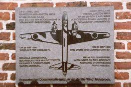 97 Nieuwrode gedenkplaat FVH.jpg