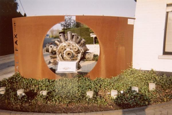 99 Geraardsbergen Monument WLabro.jpg|99 Geraardsbergen Monument detail.jpg