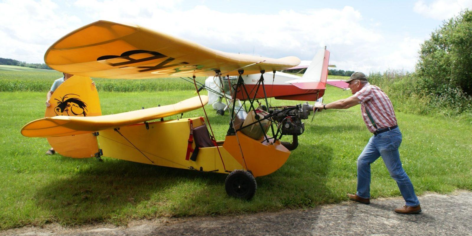 Louis Lempereur est le fils de Nicolas, inventeur du moteur Saroléa pour avions légers avant la guerre 1940-45. Celui-ci a acquis en 2017 le très beau Pou HM 14 construit par Sébastien Niel.