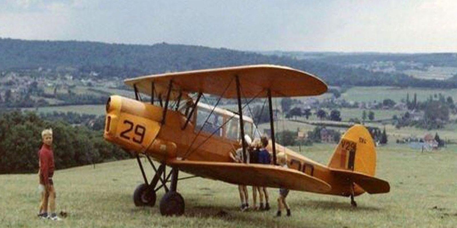 Le V29 après son atterrissage forcé à Faulx-les-Tombes le 17 août 1967 suite à la perte de son hélice en vol. (Via Marcel Baudot)