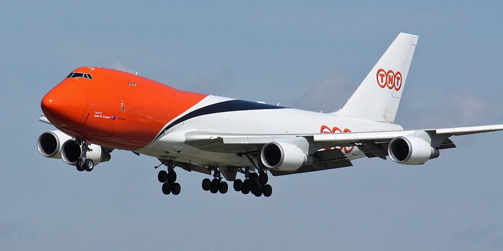 De OO-THB bij de landing in Liege Airport. (Foto Guy Viselé)