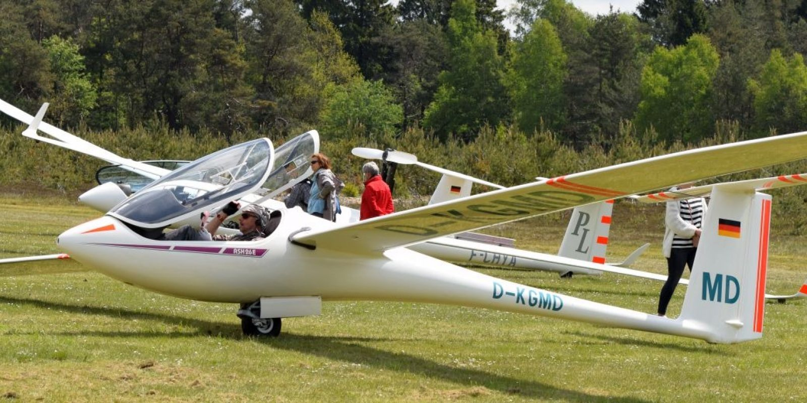 Le superbe ASH-26 E de Geert Van Duyse.