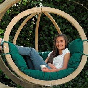 Amazonas hängstol Globo Chair verde - trähammock med tjocka dynor