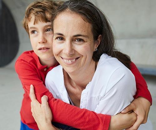 Giulia, Macherin von Happy and Family, mit ihrem Sohn.