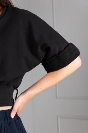 black-cotton-jersey crop-top with satin-belt