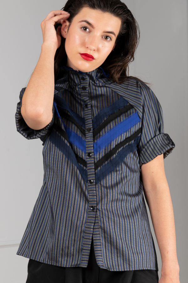 striped-blouse with short sleeve