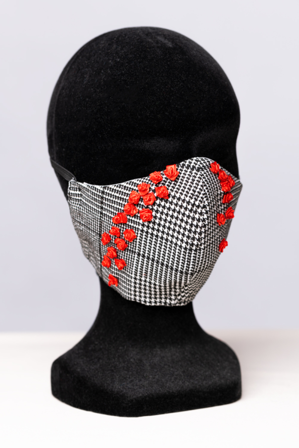Tears-of-red-roses face mask