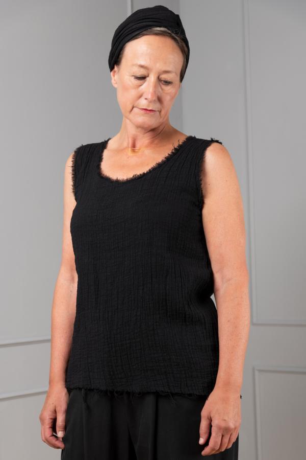 black hydrophilic cotton sleeveless top deep neckline