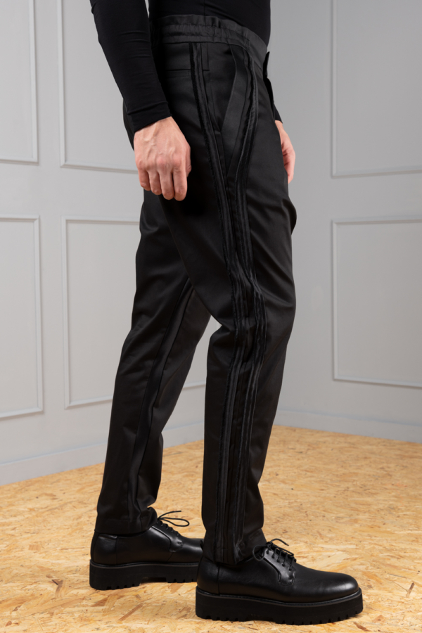 elegant sporty trousers for men