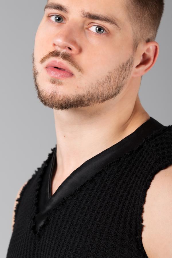 black knitted slipover for men