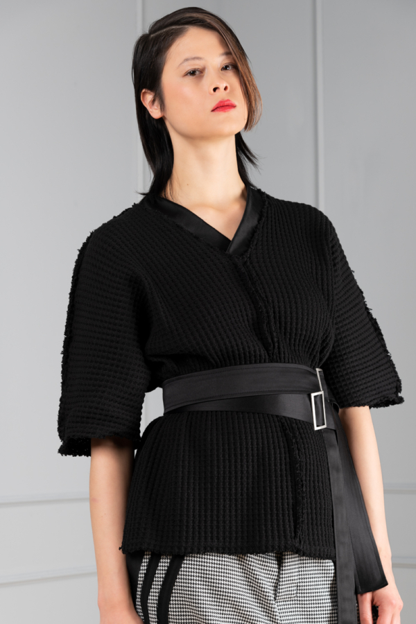 black knitted women's top