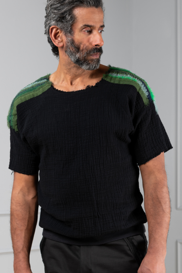relaxed cotton men's top