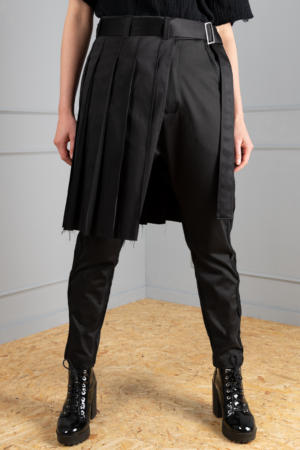 pleaded black-satin belt skirt