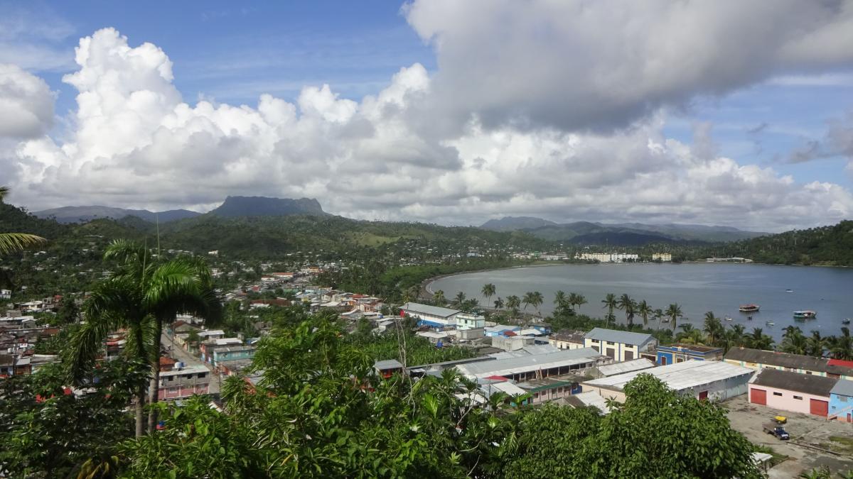 """Blick auf die Bucht von Baracoa den """"heiligen Hafen"""""""