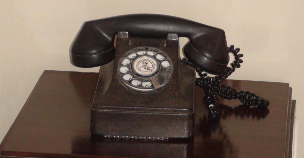 Kuba Reisetipps Telefon im Zimmer von Ernest Hemingway im Hotel Ambos Mundos