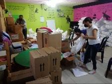 Food boxes distribution