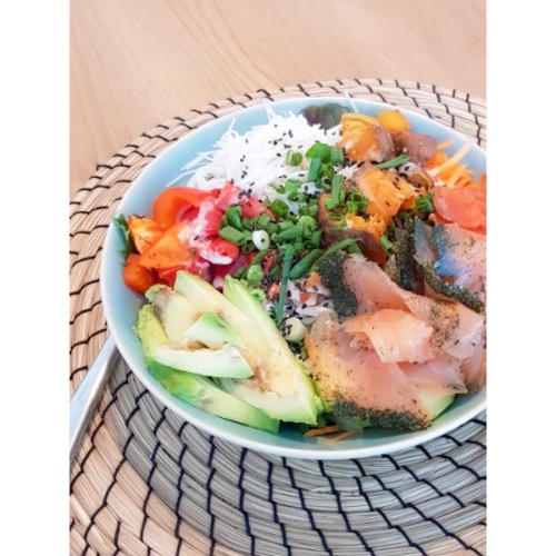 Poké bowl met vis of vega