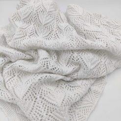 Sommerhvidt babytæppe i bomuld fra Nørgaard Madsen