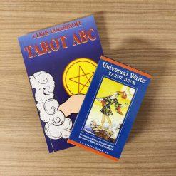 Sæt med arbejdsbog til tarot og tarotkort