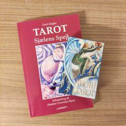 Sæt med arbejdsbog til Alister Crowleys Tarot og tarotkort