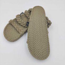 Twist of 8 sandaler fra Nomadic State of Mind i avocado grøn