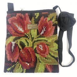 Mayan taske rose