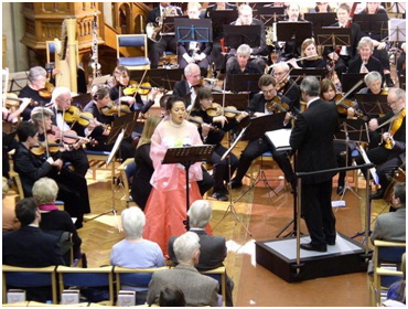 St Gilles Orchestra playing Glière's Concerto for Coloratura Soprano with Yakiko Ishida in January 2006