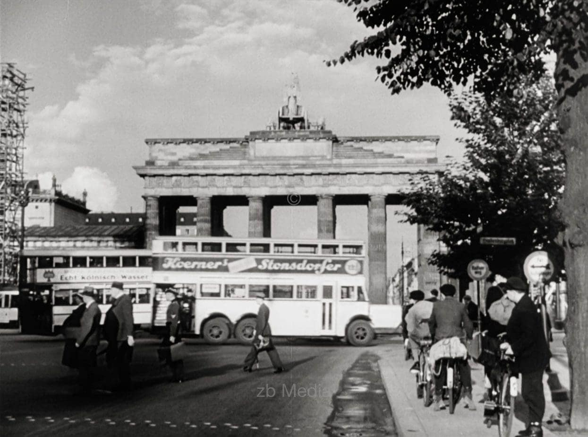 Brandenburger Tor  Berlin 1937