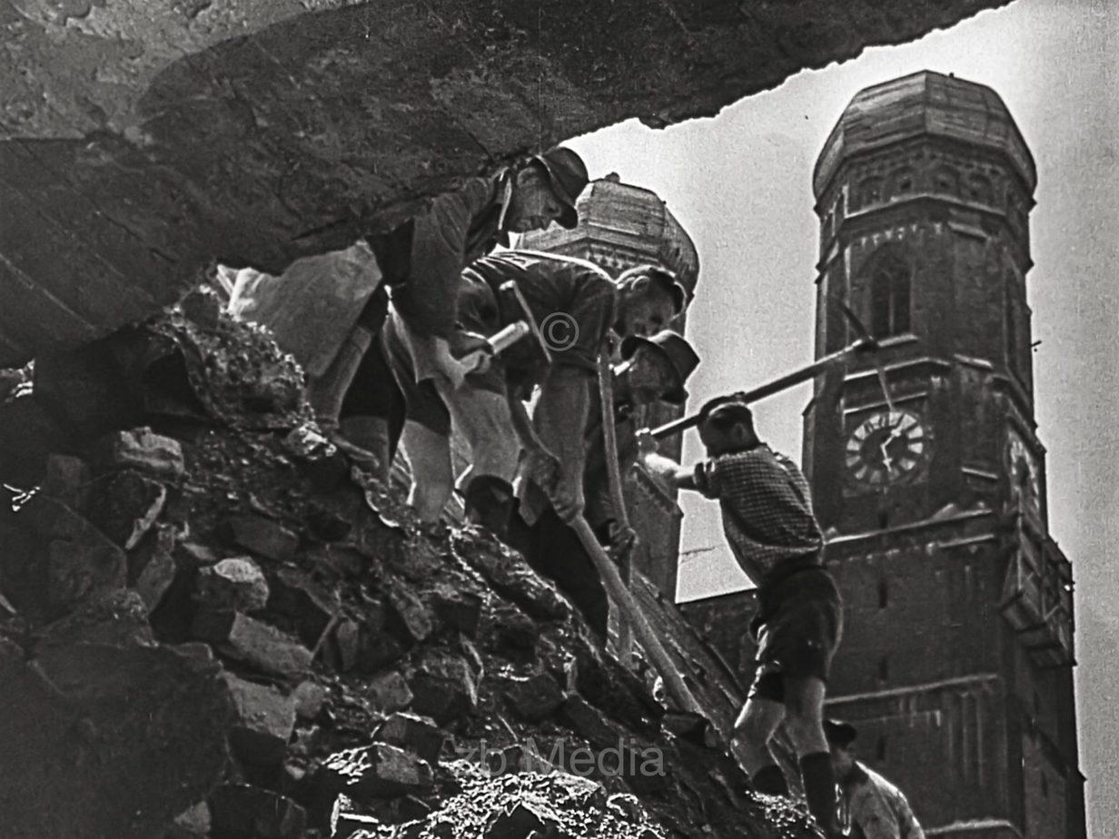 Frauenkirche, München Sommer 1946