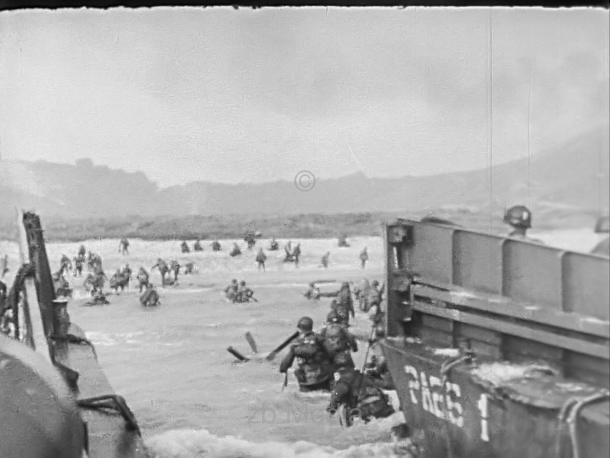 Britische Soldaten landen beim D-Day 1944 in der Normandie