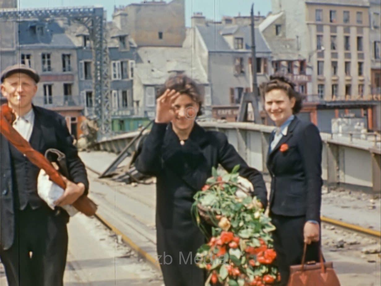 Franzosen mit Blumen, Cherbourg 1944
