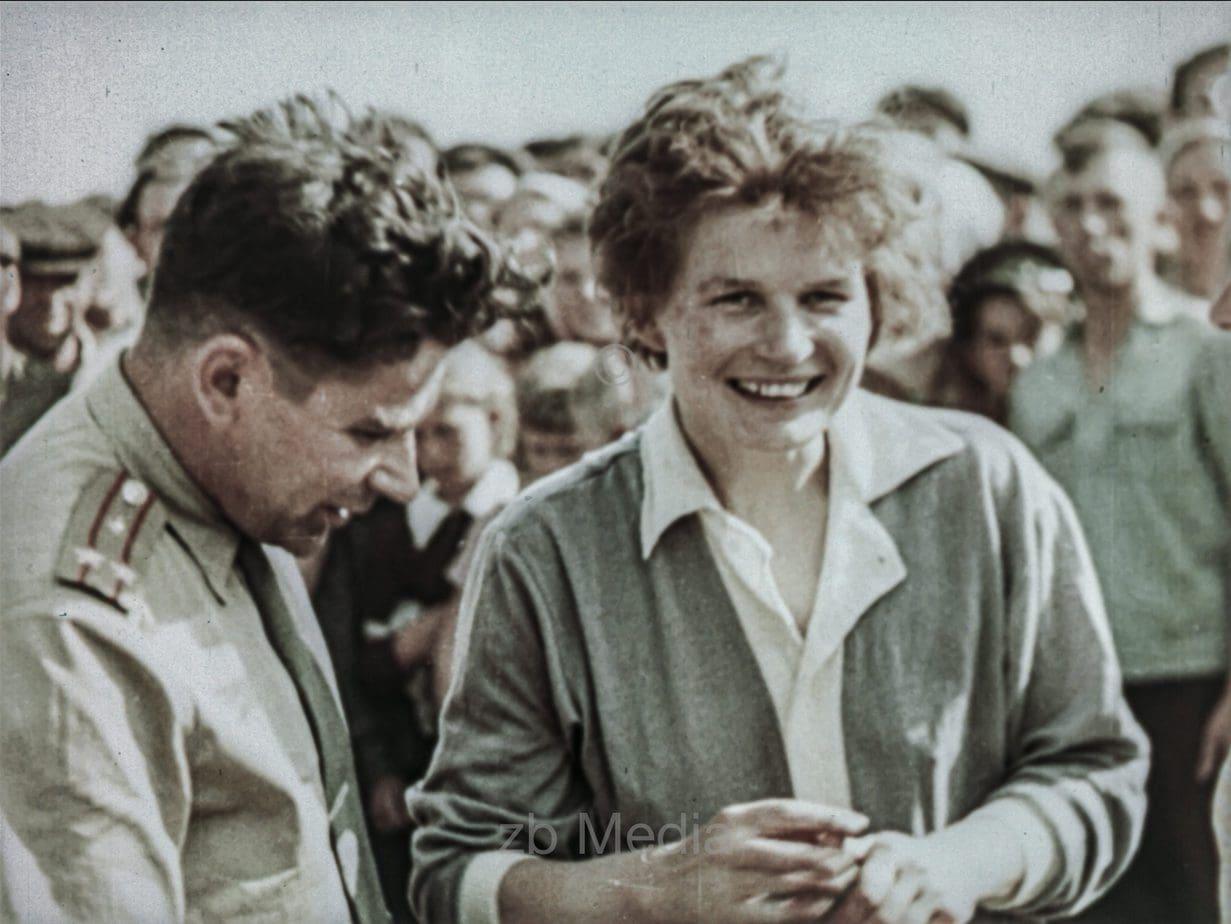 Valentina Tereschkowa nach der Landung