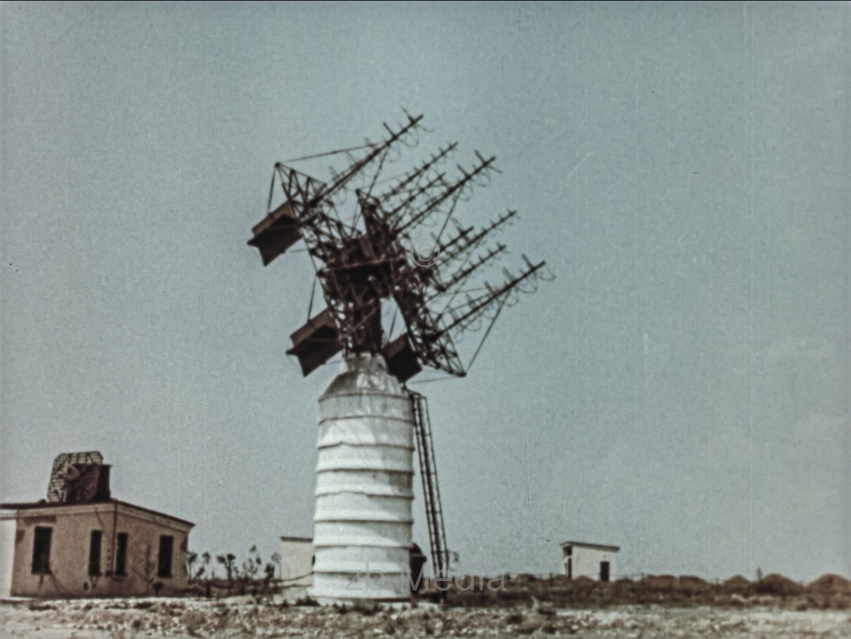 Russische Weltraumfunkantenne