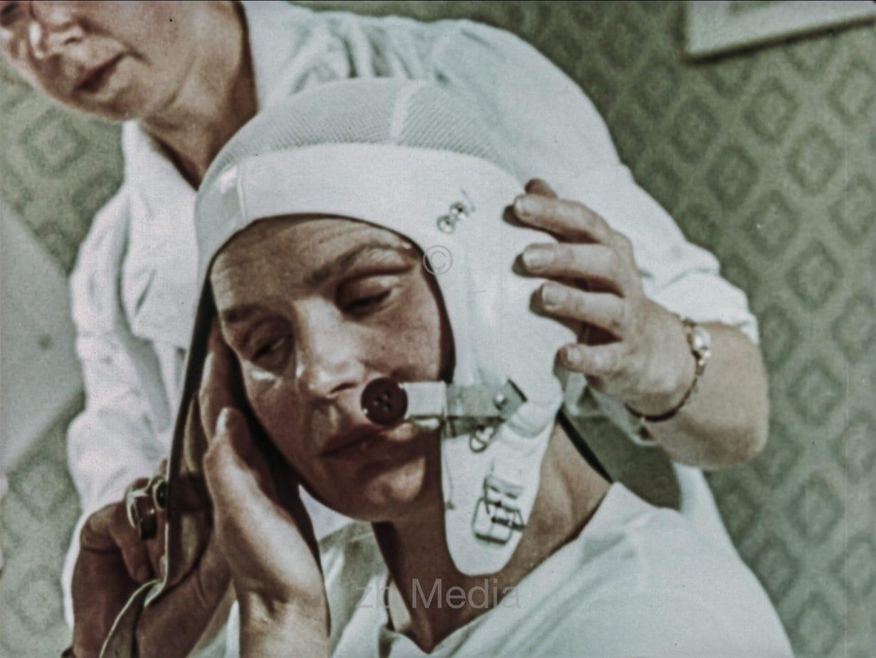 Vorbereitung von Valentina Tereschkowa für Raumflug