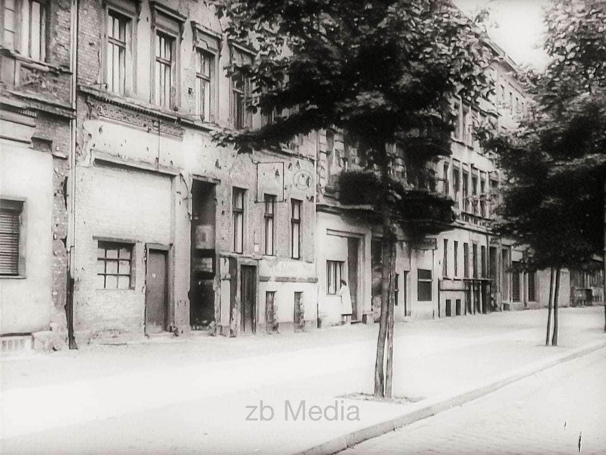Bernauer Straße, Berliner Mauer 1961