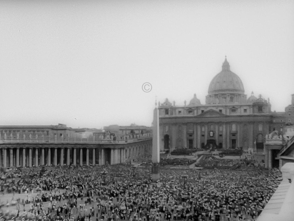 Krönung Papst Paul VI. in Rom