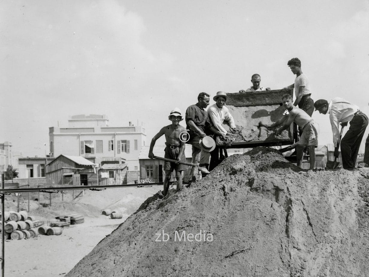 Jüdische Straßenarbeiter in Tel Aviv 1935