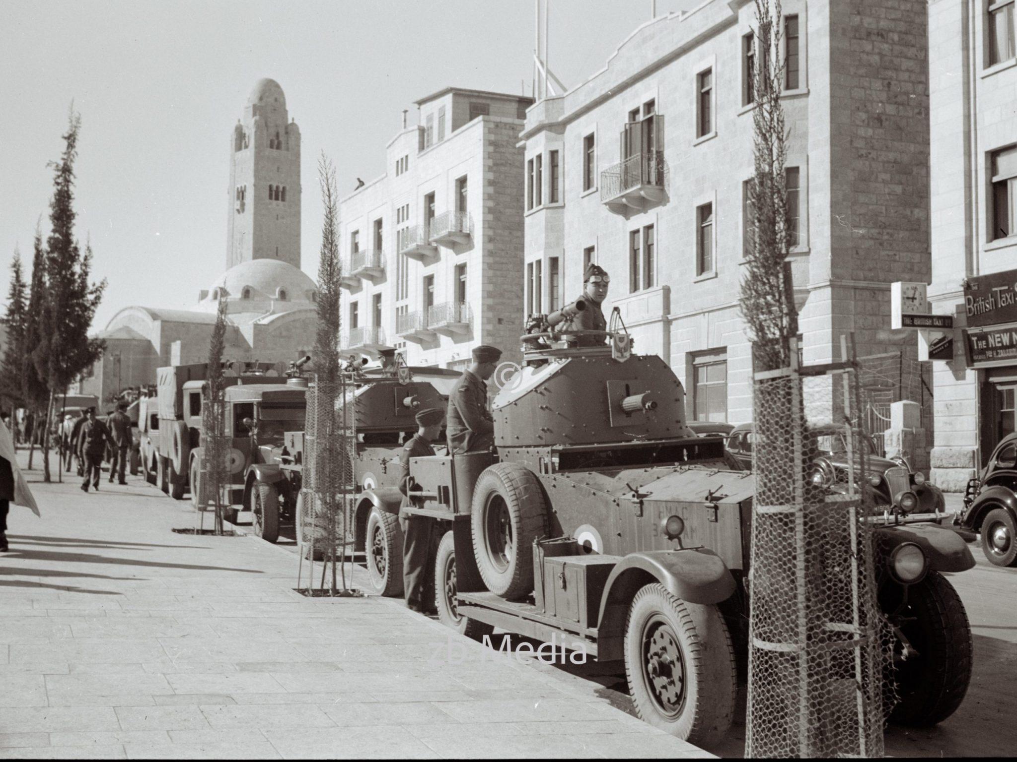Britische Panzerwagen in Jerusalem 1938