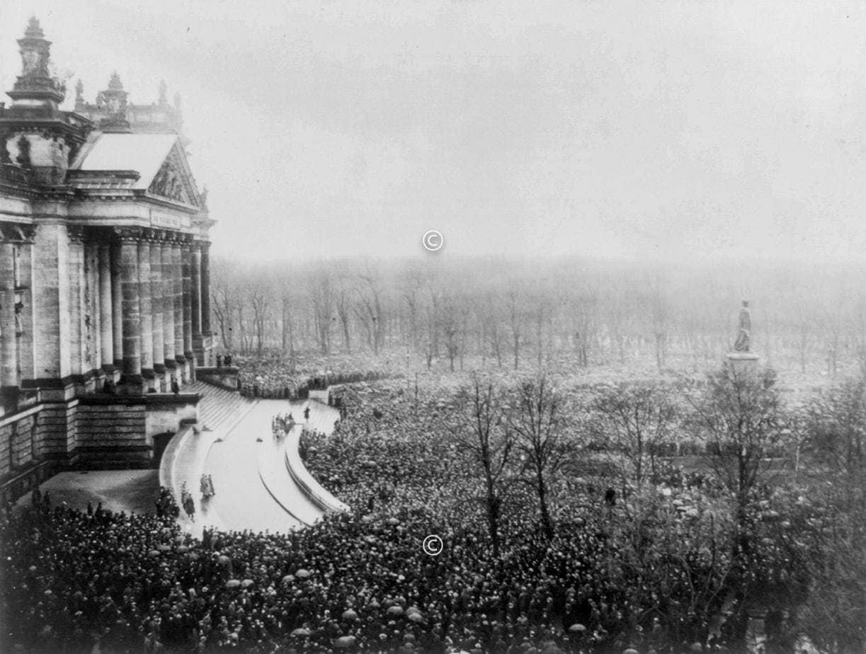Kundgebung Reichstag Berlin November 1918
