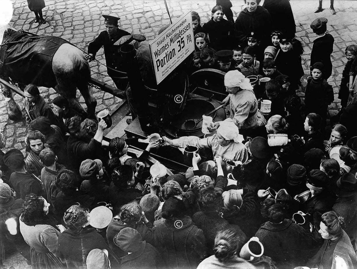 Suppenausgabe in Berlin 1918