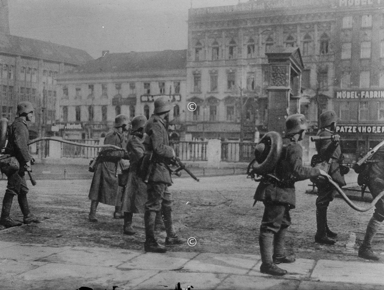 Soldaten beim Kapp Putsch in Berlin 1920