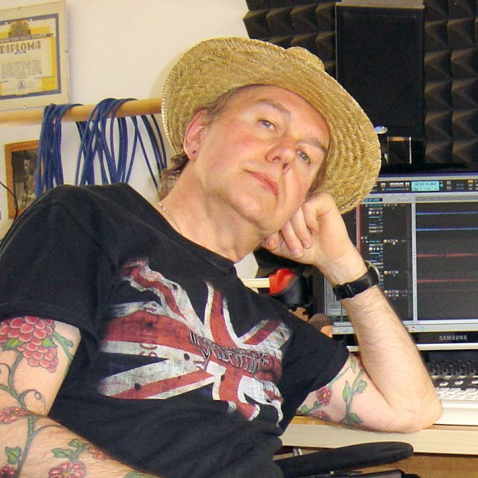 Henk in his studio