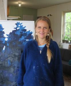 Eleonor Ryding Thunholm i sin ateljé i Järna
