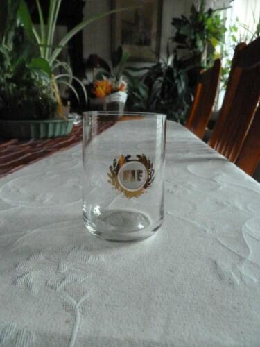 FIF-glas